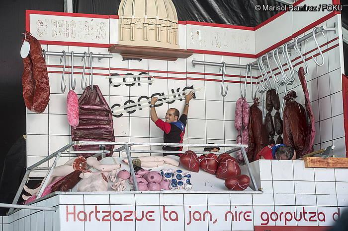 Hontzak konpartsa epaituko dute iazko txosnako dekorazioagatik