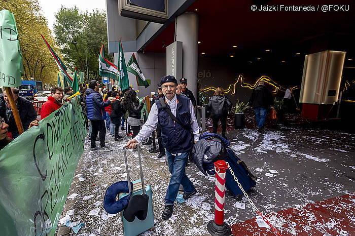 Bilboko Barcelo eta NH hoteletako langileek hilabete daramate greban
